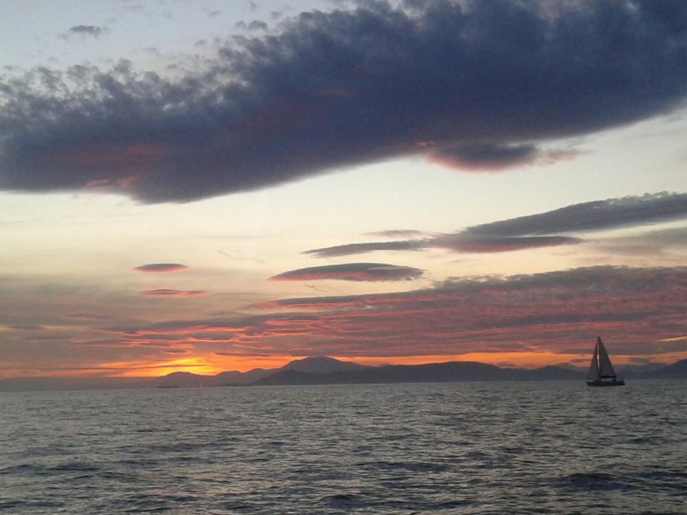 Морской закат в Греции