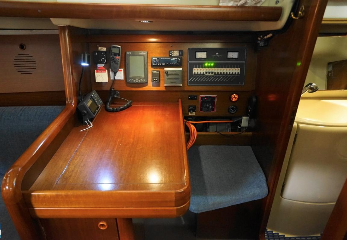 штурманский яхта Solsting Grand Soleil 34.1