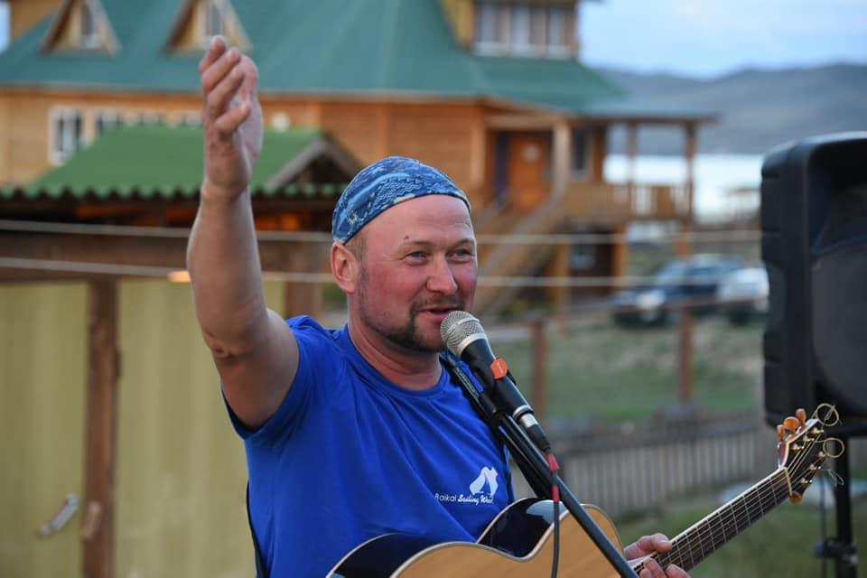 Роман Стрельченко на регате на Байкале