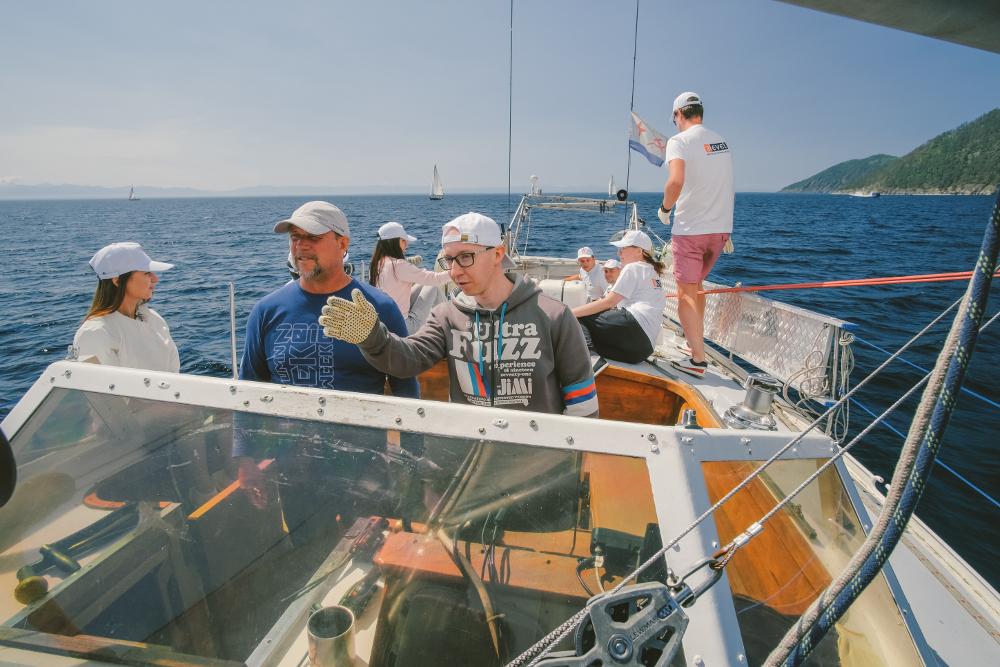 baikal-sailing
